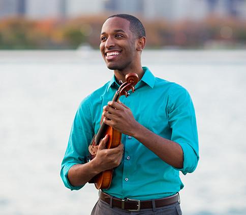 Kyle Dickson, violin